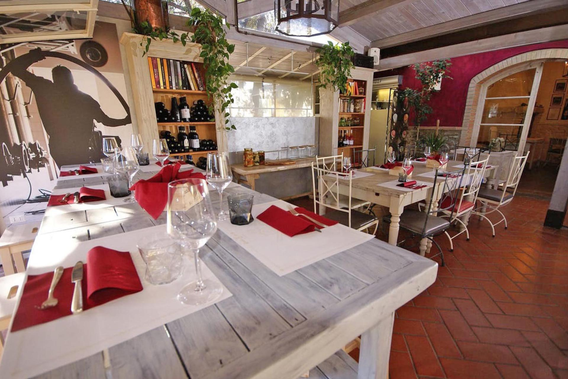 Agriturismo Tuscany Agriturismo with restaurant near the Tuscan coast