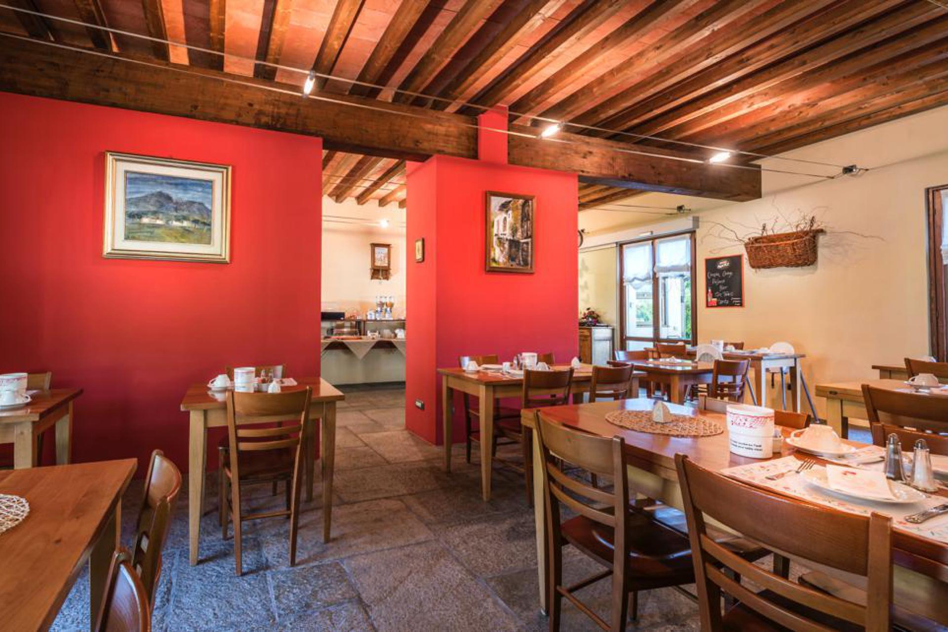 Agriturismo Lake Como and Lake Garda Charming agriturismo at walking distance of Lake Como
