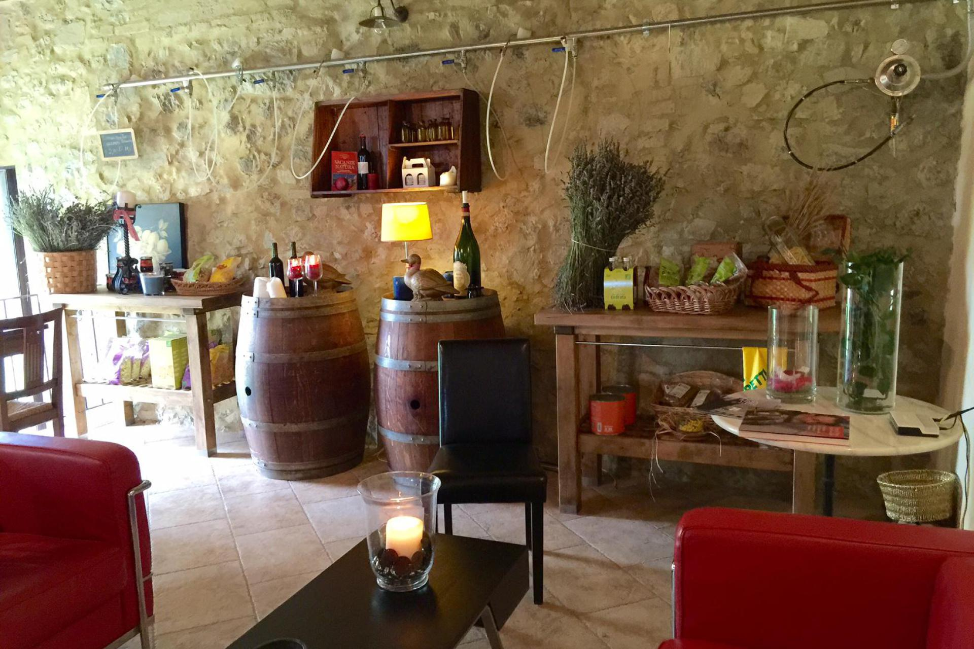 Agriturismo Tuscany Child-friendly agriturismo centrally located in Tuscany