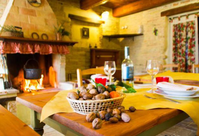 Agriturismo Marche Cosy agriturismo near authentic village in Marche