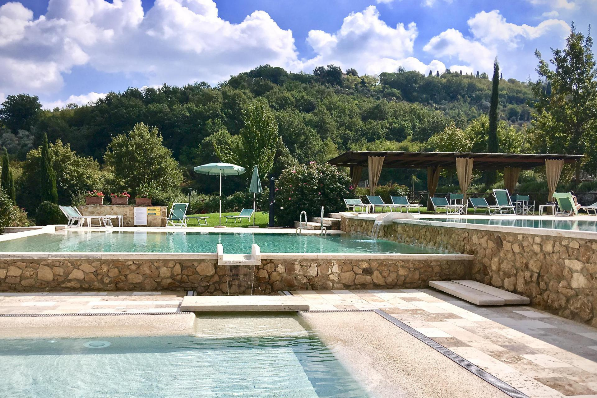 Agriturismo Tuscany Country resort in Tuscany with spectacular pool and restaurant