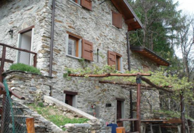 Agriturismo Lake Como and Lake Garda Cozy agriturismo with amazing view of lake Como