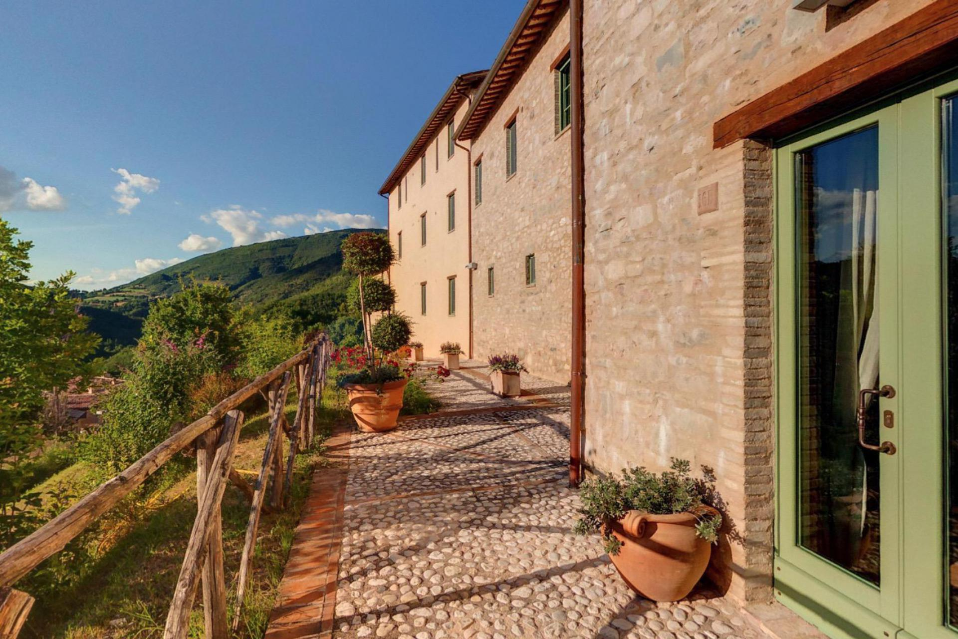 Agriturismo Umbria Family-friendly resort in the heart of Umbria