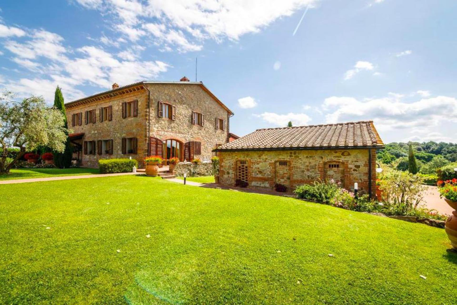 Agriturismo Tuscany Large agriturismo in Tuscany with stunning views