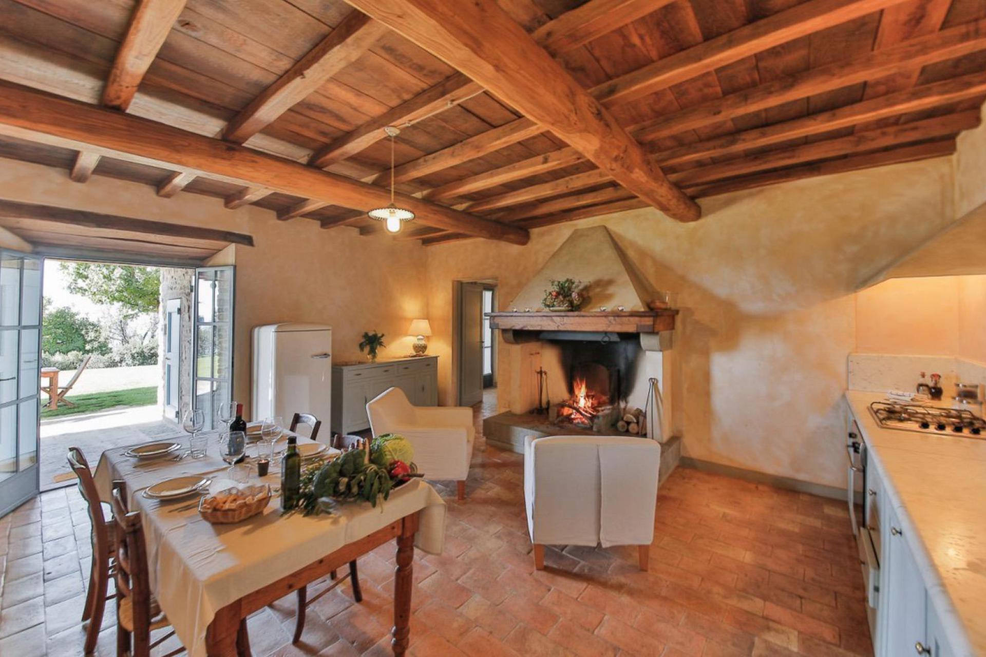 Agriturismo Tuscany Agriturismo Tuscany, luxury apartments and great views