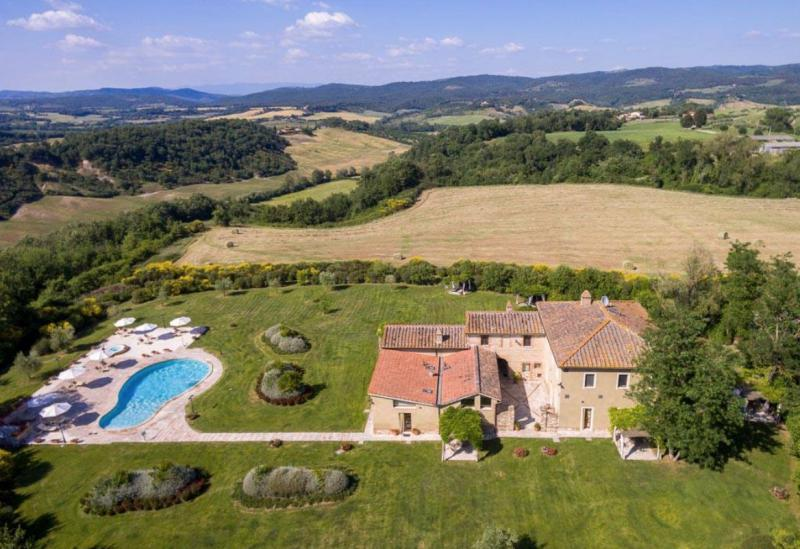Agriturismo Tuscany Rural and quietly located agriturismo in Tuscany