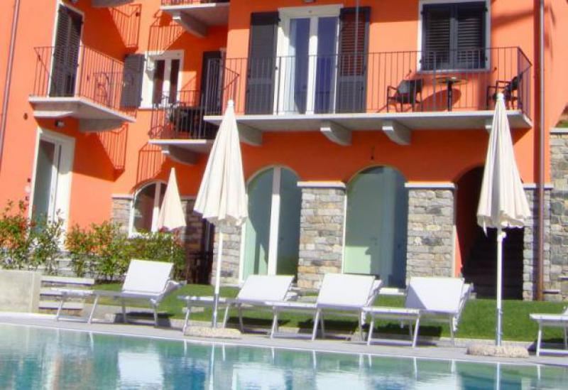 Agriturismo Lake Como and Lake Garda Small residence Lake Como with pool and great views