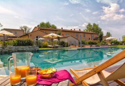 Family friendly residence in Tuscany close to the beach