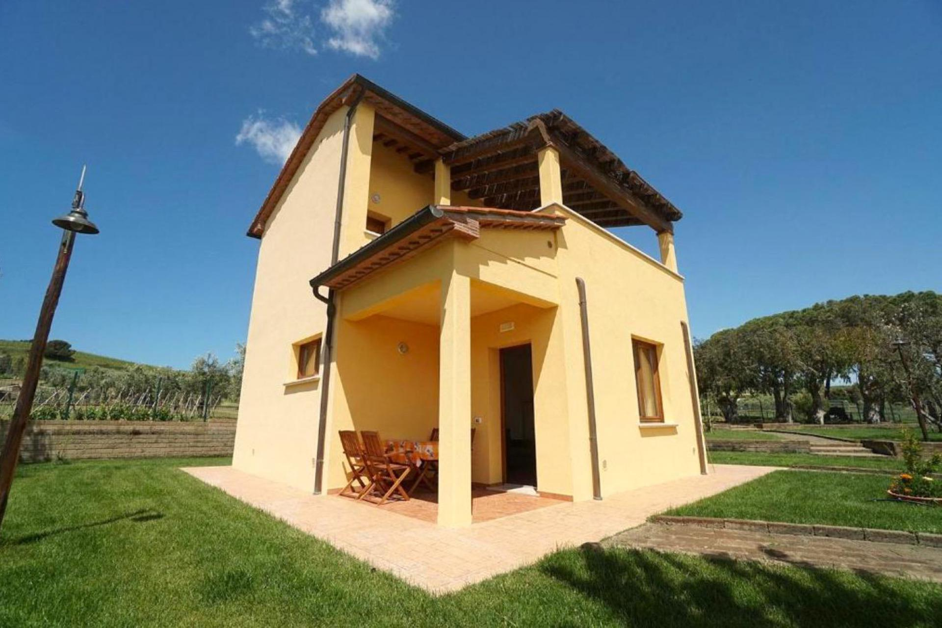 Agriturismo Tuscany Welcoming agriturismo in southern Tuscany near sea