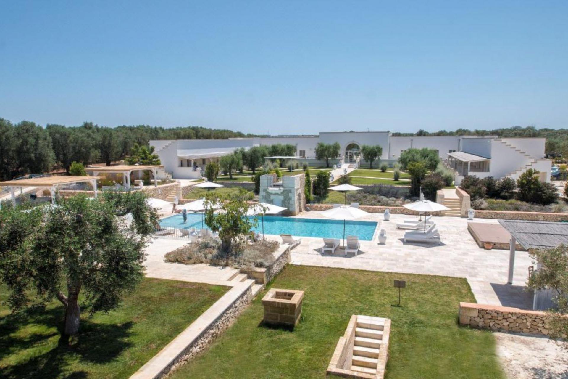 Luxurious Masseria near the bustling seaside resort of Otranto